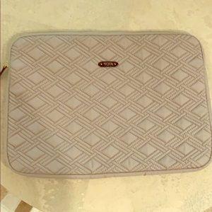 Tumi laptop case- never used